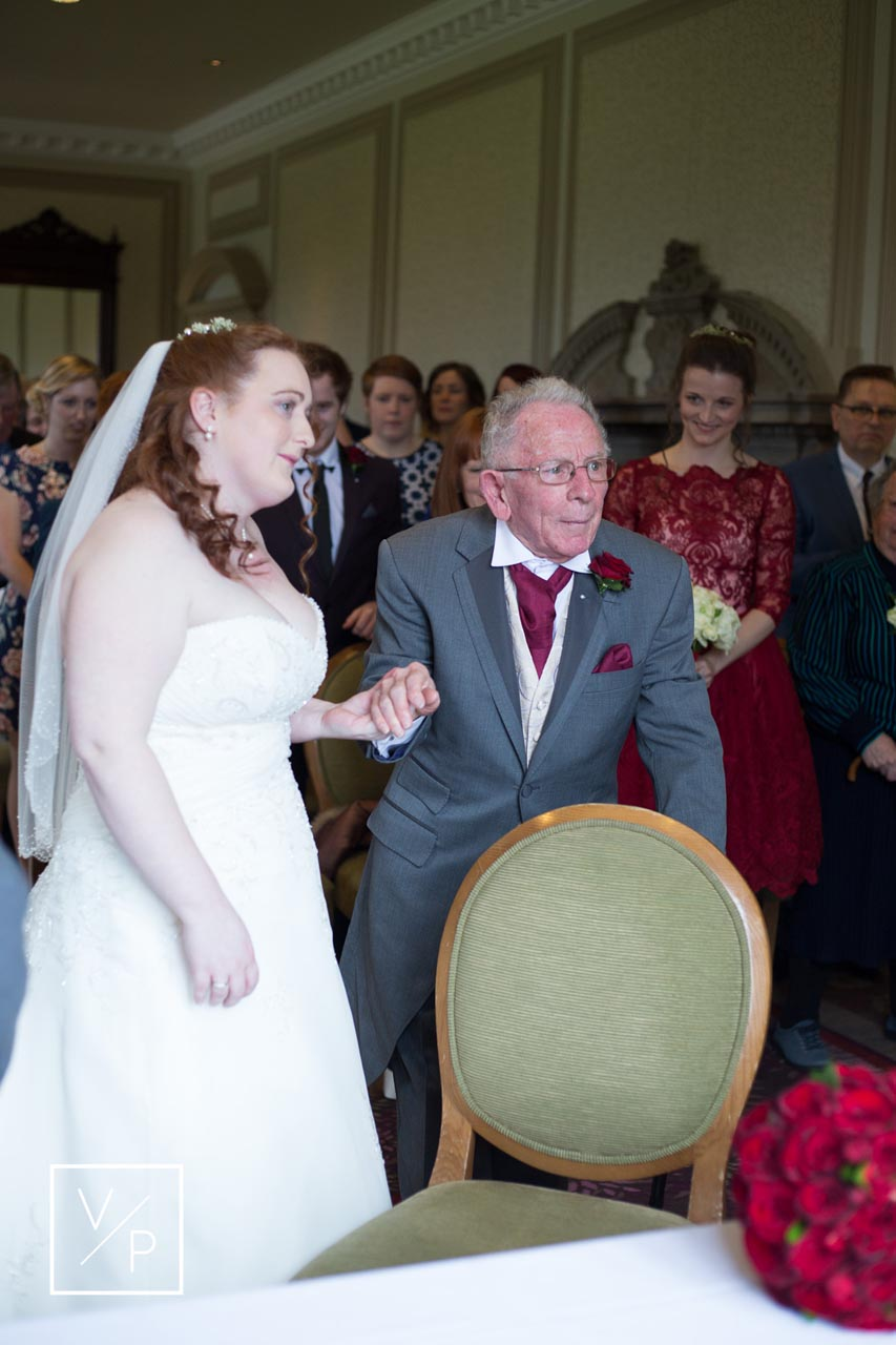 Horwood House wedding at Easter - Anna's grandad giving her away.
