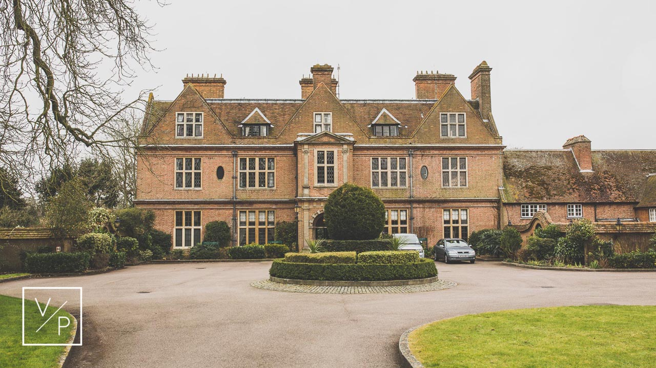 Beautiful Manor House - Horwood House Wedding at Easter - Anna and Tim