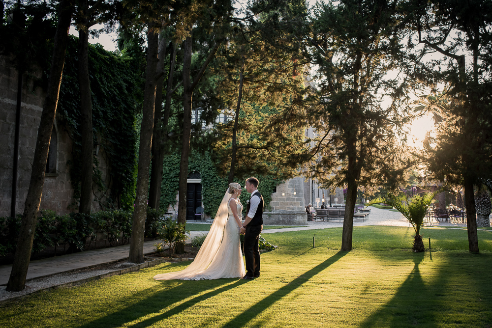 Romantic sunset wedding photo by Jez Dickson Photography - Claire Clarke Destination Wedding Advice