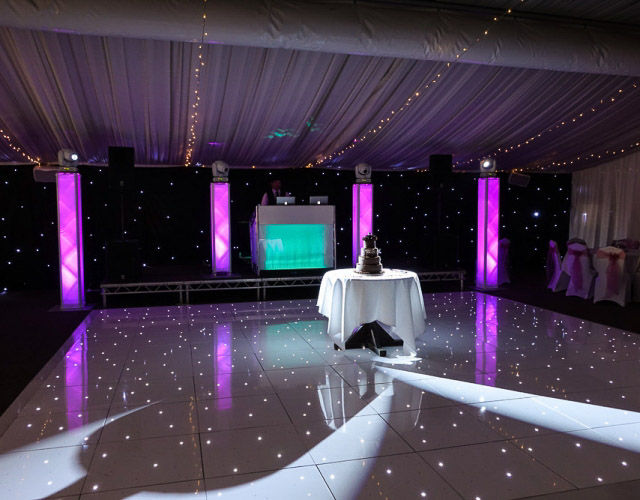 wedding-dj-lighting-set-up-jn-sounds-good-wedding-dj-hertfordshire