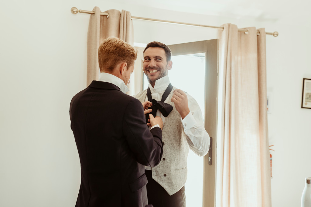 Jenny and Charlie Caribbean themed wedding - Groom preparations - photography by Jess Soper Photogaphy, videography by Veiled Productions
